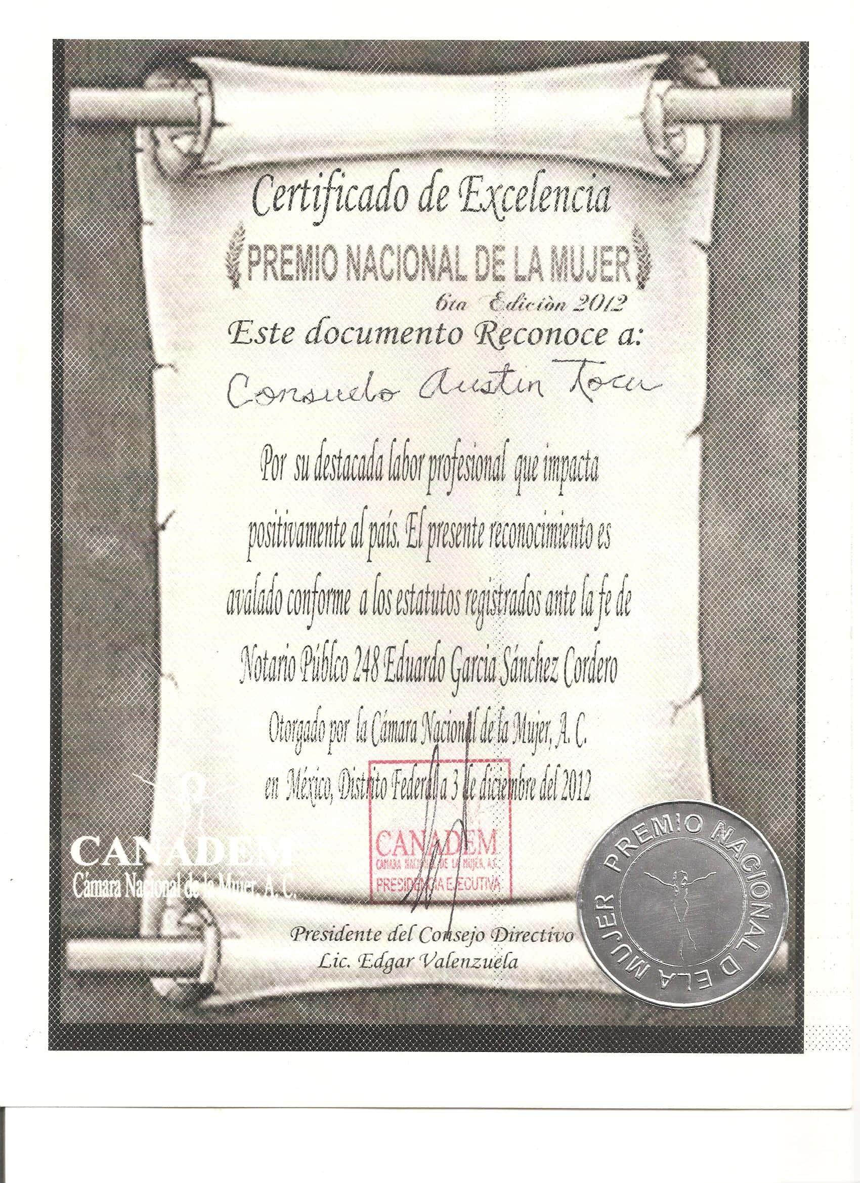 Diploma Premio Nacional de la Mujer del Año 2012